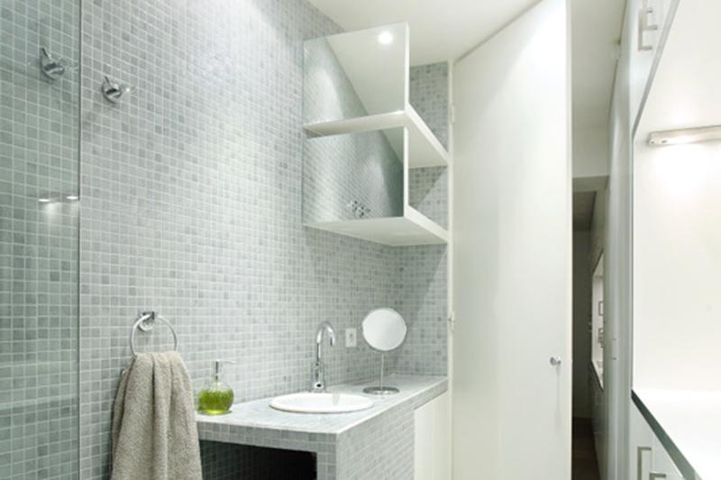 Emaux de briare salle de bains maison design for Carreaux de briare
