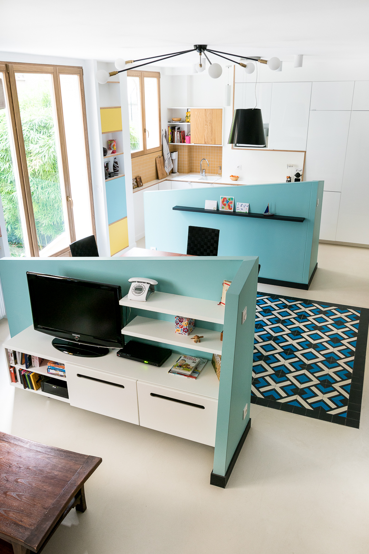 Elegant cuisine ouverte appartement dcoration paris huber for Idee cuisine americaine appartement